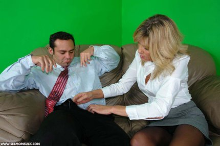 See this naughty mommy join in, teaching Leighla the right way to suck on ...