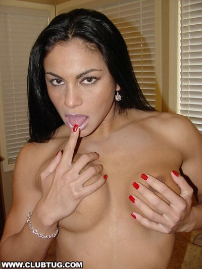 Sexy Latina Hottie Goes All Out To Make This Dick Shoot