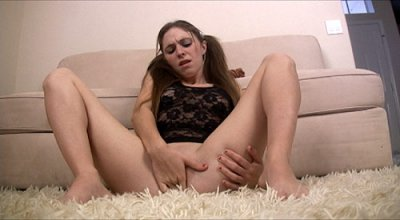 Cum Loving Teen Gets An Extra Creamy Facial While Masturbating
