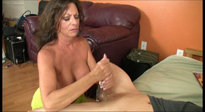 mature, cougar, hand job, mature hand job, 40 year old cougar