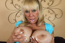 Sexy cougar with gorgeous features gets her monster jugs covered with jizz. It's a full 17 minutes of sizzling MILF sexiness in this hot update from the new cougar site Over 40 Handjobs! Check out this pretty MILF babe with gorgeous features, delici...